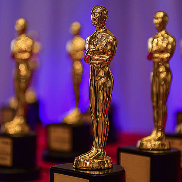 How the 2017 Oscars Provide Insights into the Role of Social Media